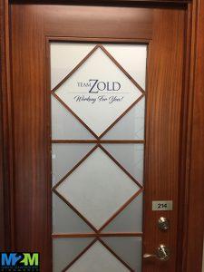 custom vinyl door lettering